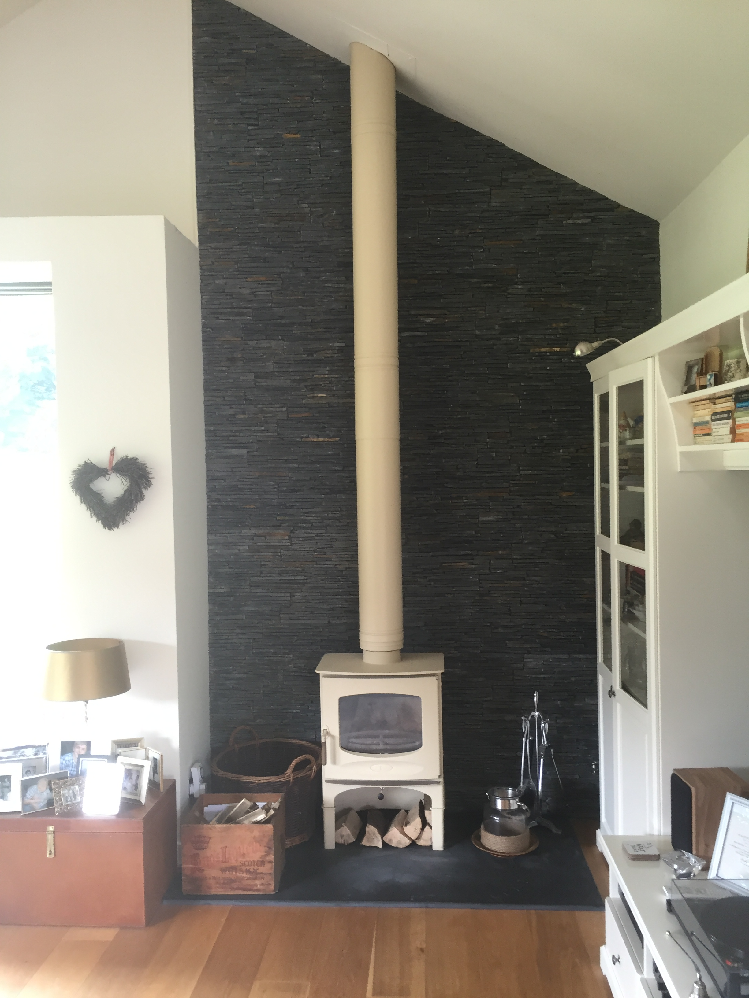 C-Four alomond with Slate Cladding to Wall