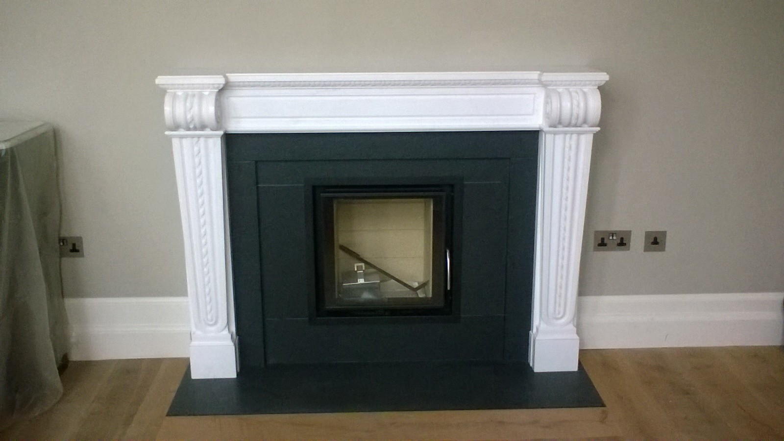 Chesney Belvedere Marble Surround & Bodart & Gonay 510 Green