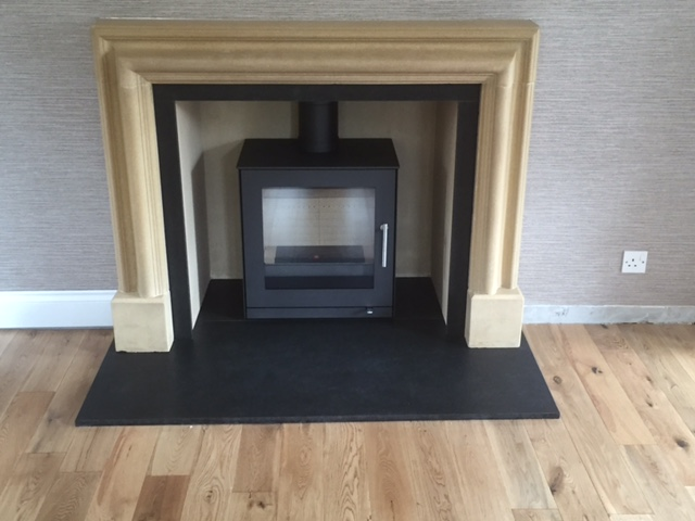 Rais Q-Tee 2 with original stone surround